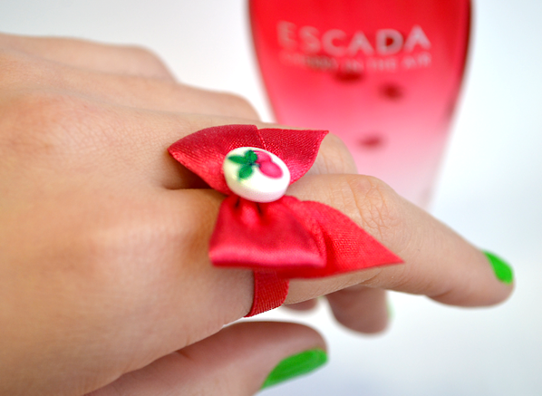 Escada Cherry in the Air Ring