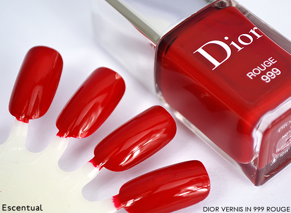 Dior Vernis in 999 Rouge