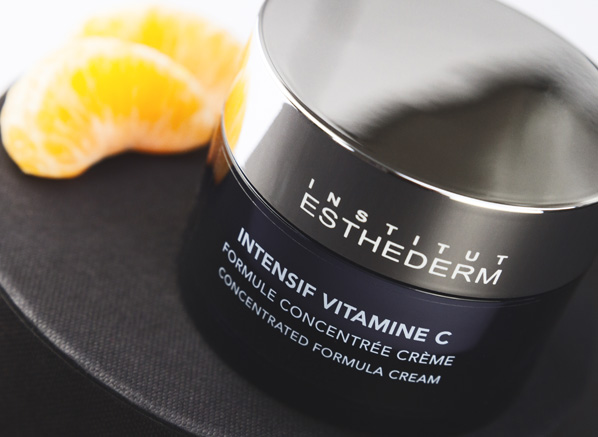 A daily dose of vitamin C for your complexion, the Institut Esthederm Intensive Vitamine C Cream effectively targets exsisting wrinkles and dark spots.