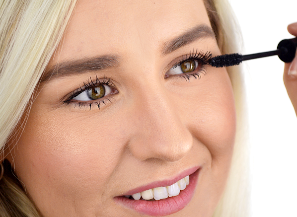 4 Of The Best Mascaras For Sensitive...