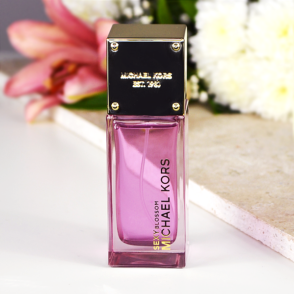 Michael Kors Sexy Blossom Eau de Parfum = Modern Romance - The New Fragrances To Fall For