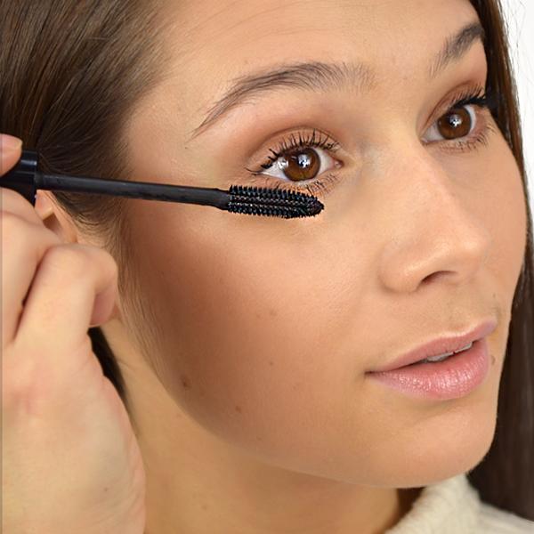 ed44bcb5 Dior Diorshow Pump 'N' Volume Mascara Review - Escentual's Beauty Buzz
