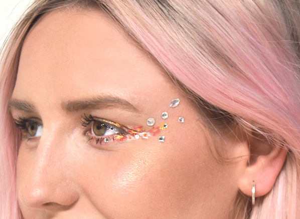 Festival-Make-Up-Cheat-Sheet-MAKE-UP-FOR-EVER-Crystal-Strass