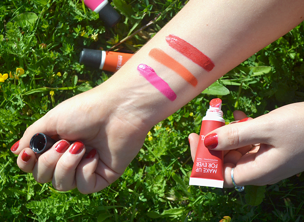 MAKE UP FOR EVER Aqua XL Color Paint Swatches in M-82 - Matt Fuschia, M-70 - Matte Orange, M-72 - Matte Red