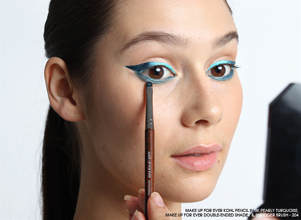 MAKE UP FOR EVER Kohl Pencil in 3K Pearly Turquoise, MAKE UP FOR EVER Double-ended Shader & Smudger Brush - 204