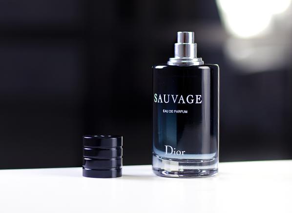 dior sauvage eau de parfum escentual 39 s beauty buzz. Black Bedroom Furniture Sets. Home Design Ideas