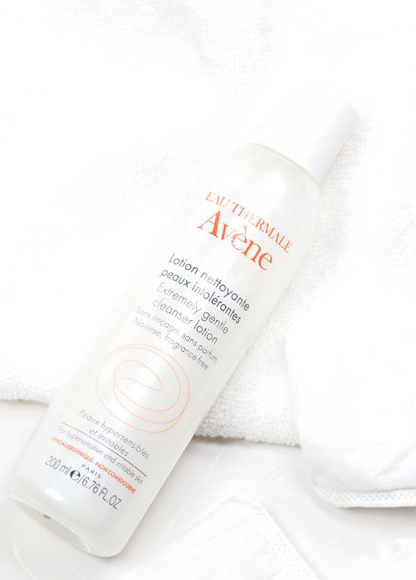Avene Extremely Gentle Cleanser Bottle Shot