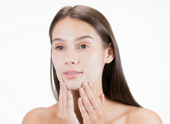 5 Skincare Mistakes Experts Wish You...