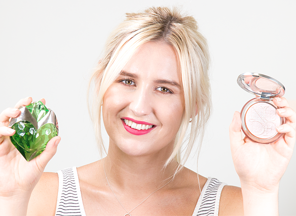 Blog-Chelsey-Escentual-July-Beauty-Team-Favourites-2018-AURA-Mugler-Eau-De-Toilette-DIOR-Diorskin-Luminizer-In-02-Pink-Glow