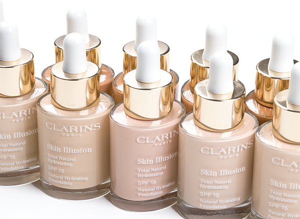 Blog-Clarins-Skin-Illusion-Foundation-Serum-Bottles