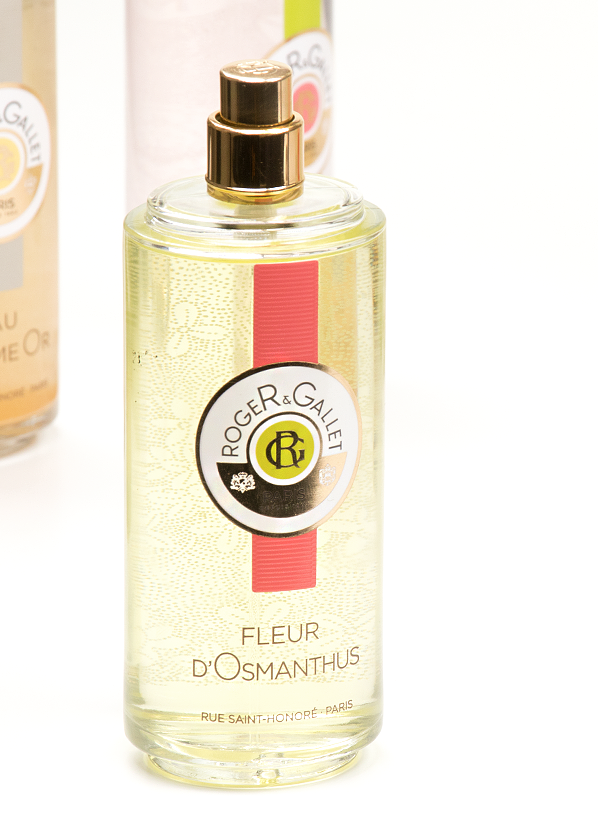 Roger & Gallet Fleur d'Osmanthus Fresh Fragrant Water Spray Bottle Shot