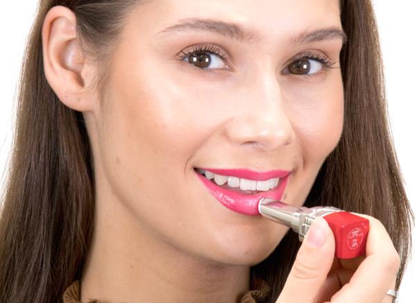 Ceryn-Favourite-Dior-Ultra-Rouge-Lipstick-000