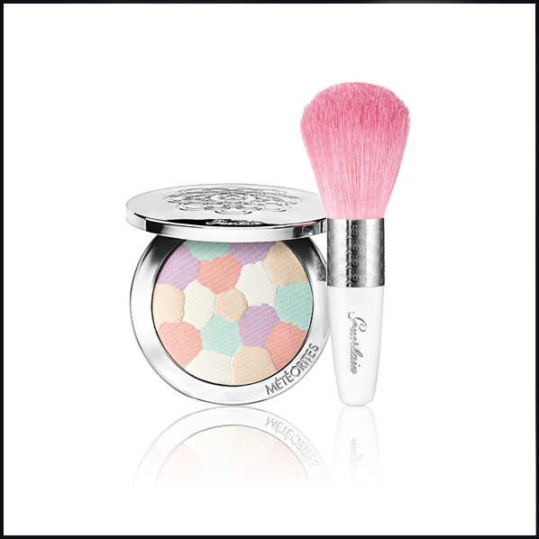 Guerlain Meteorites Travelling Compact and Brush - Black Friday