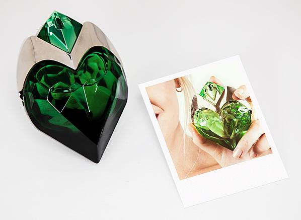 MUGLER Aura Perfume - Eau de Toilette and Eau de Parfum