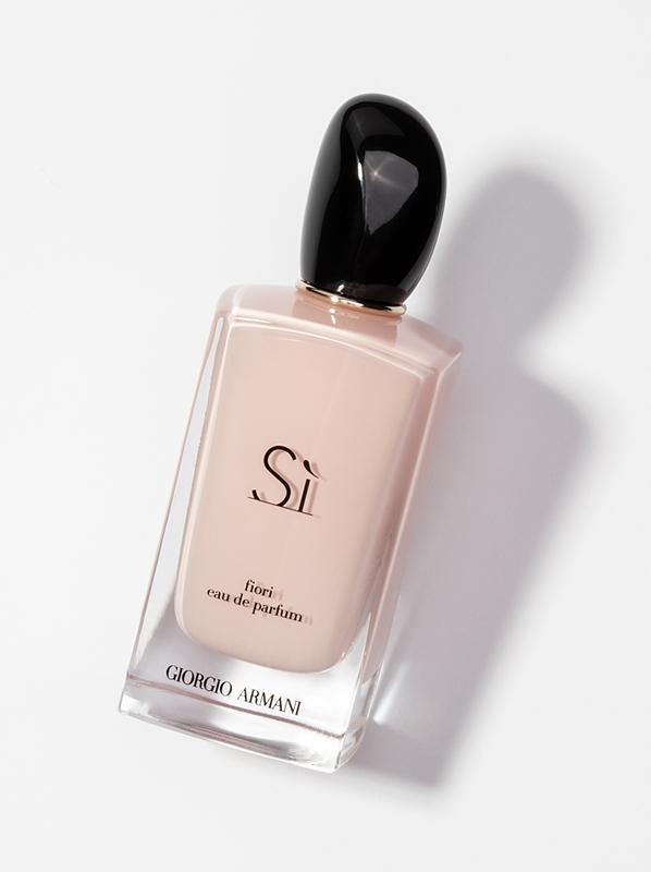 Giorgio-Armani-Si-Fiori-Eau-de-Parfum-Spray