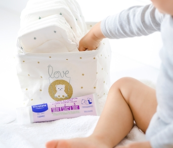 Mustela Nappy Change